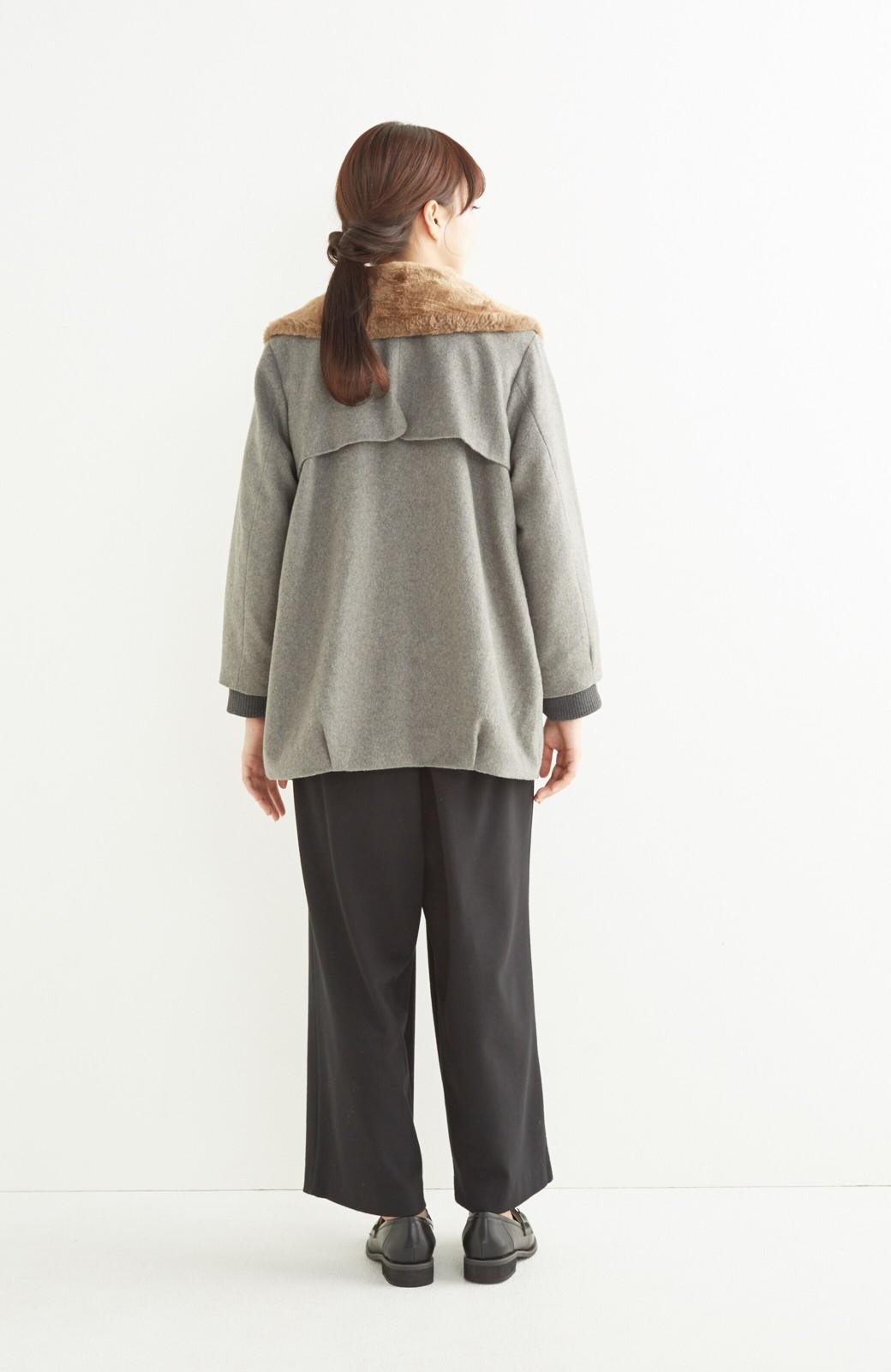 pilvee 取り外しフェイクファー衿付き ウール混のノーカラーコート <グレー>の商品写真11