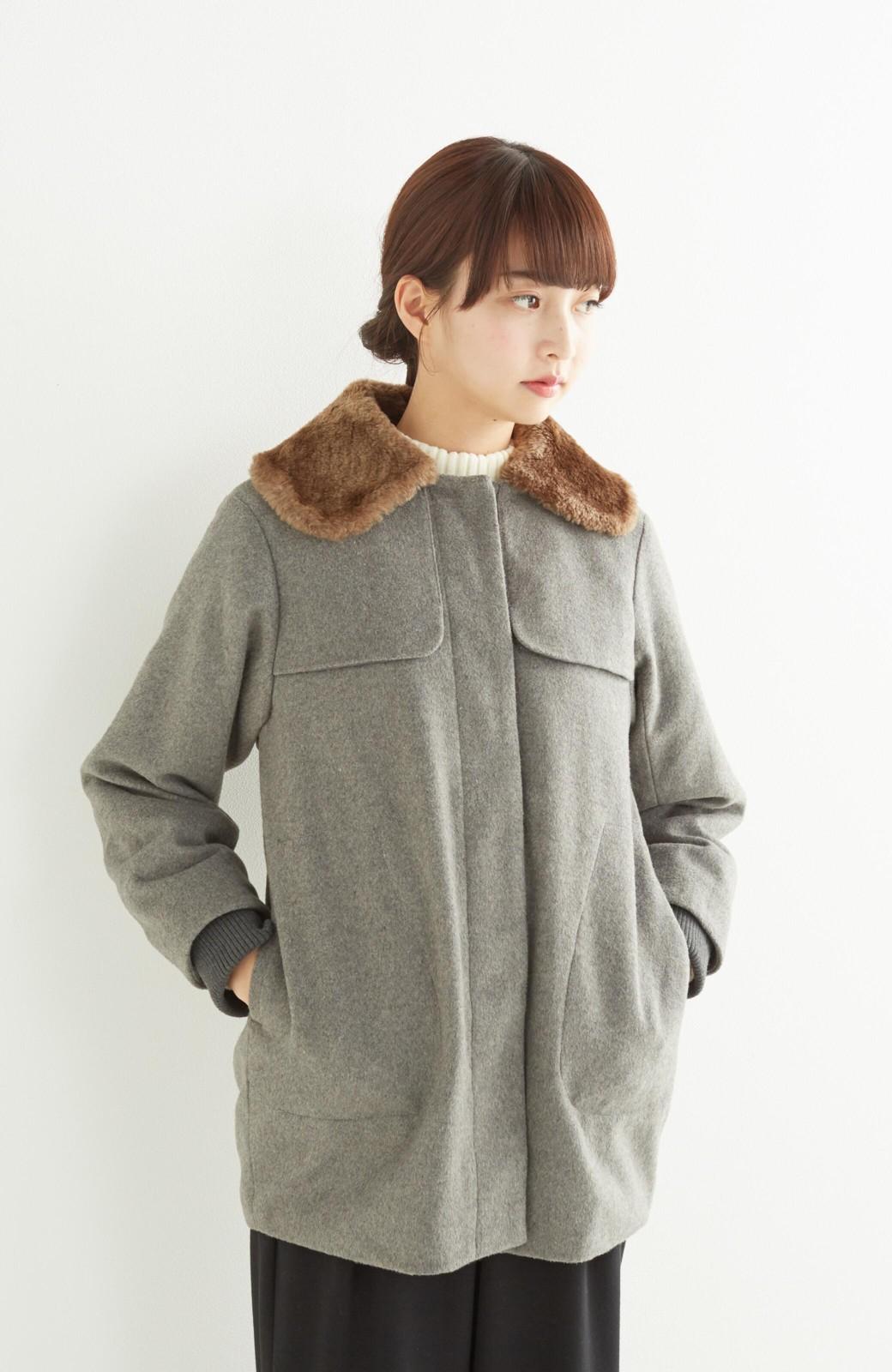 pilvee 取り外しフェイクファー衿付き ウール混のノーカラーコート <グレー>の商品写真15