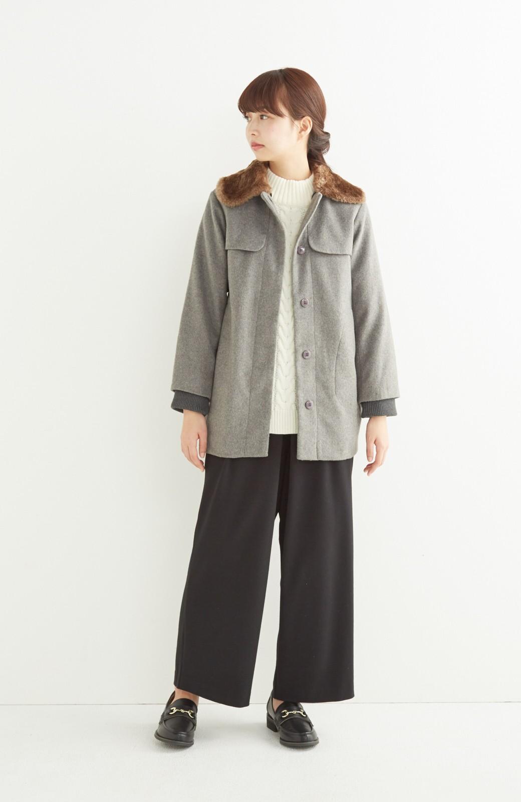 pilvee 取り外しフェイクファー衿付き ウール混のノーカラーコート <グレー>の商品写真8