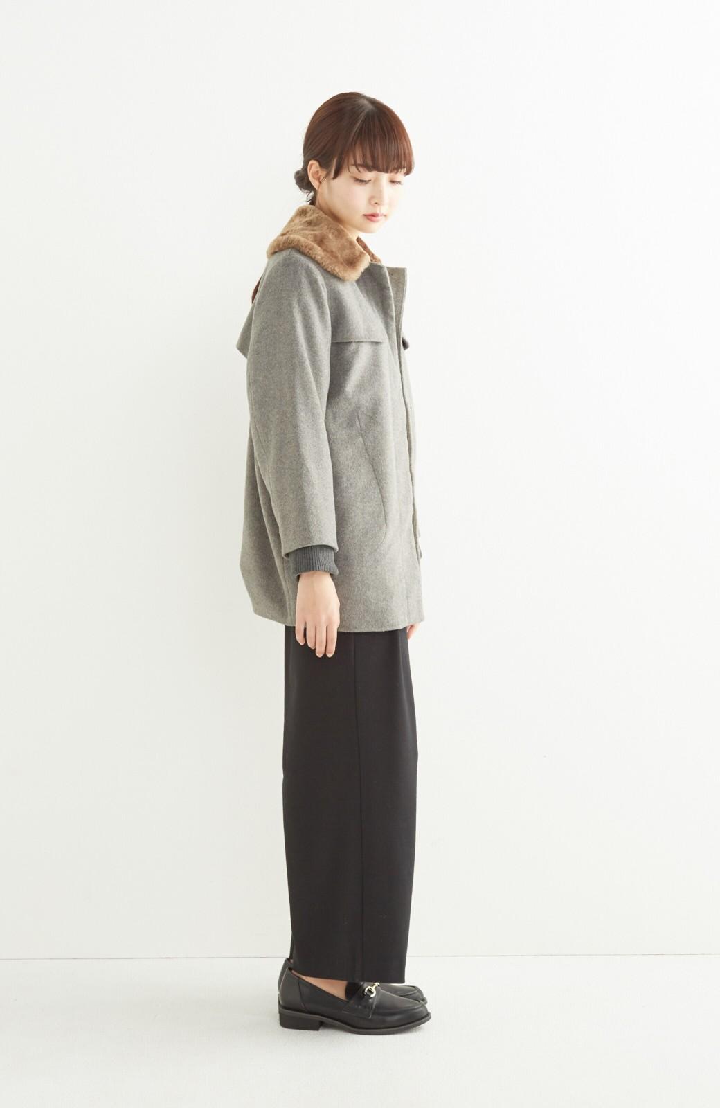 pilvee 取り外しフェイクファー衿付き ウール混のノーカラーコート <グレー>の商品写真9