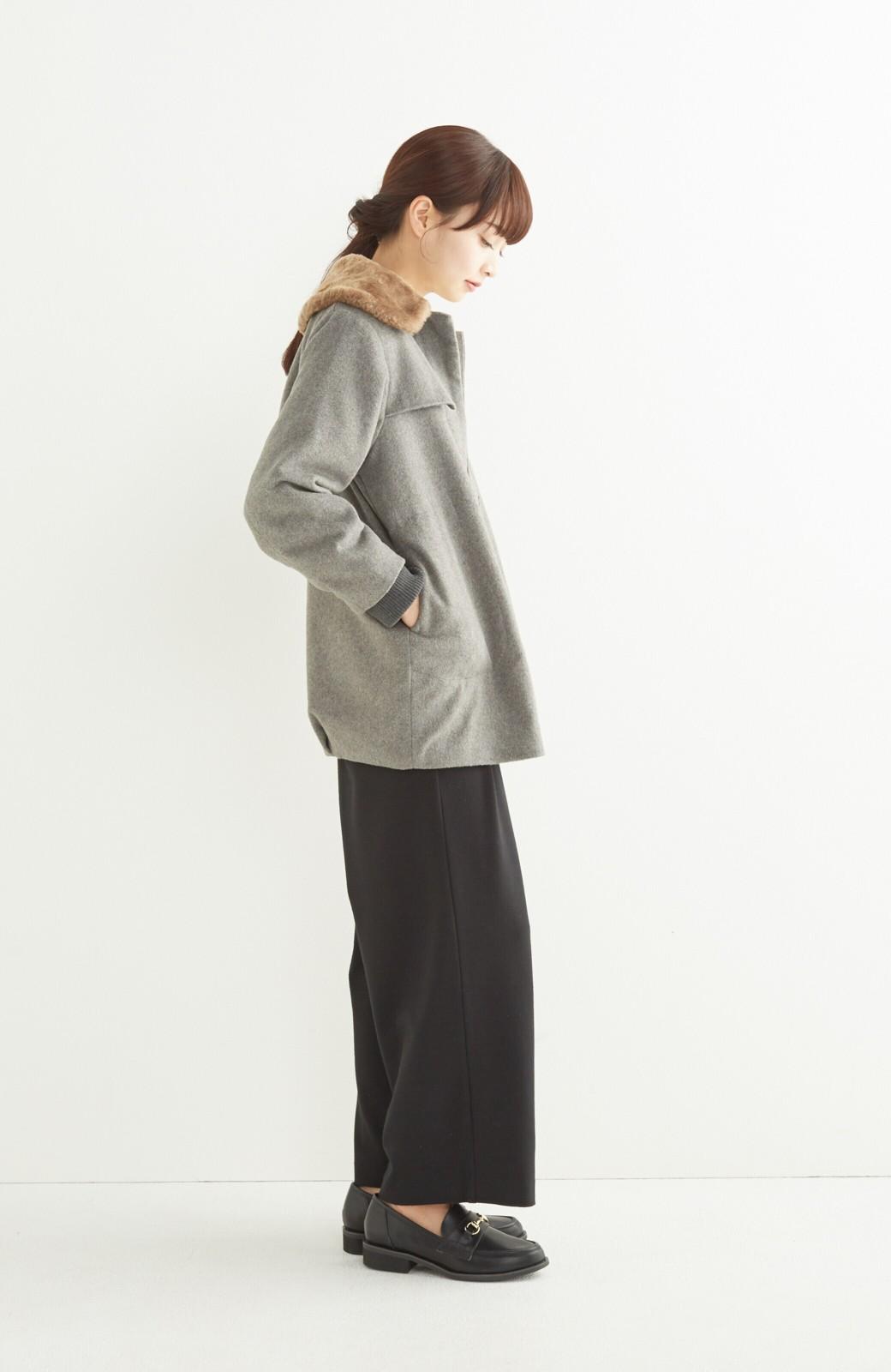 pilvee 取り外しフェイクファー衿付き ウール混のノーカラーコート <グレー>の商品写真10