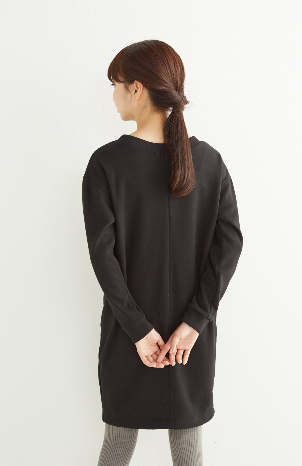 nusy 裏シャギー起毛のブランケットワンピース <ブラック>の商品写真10