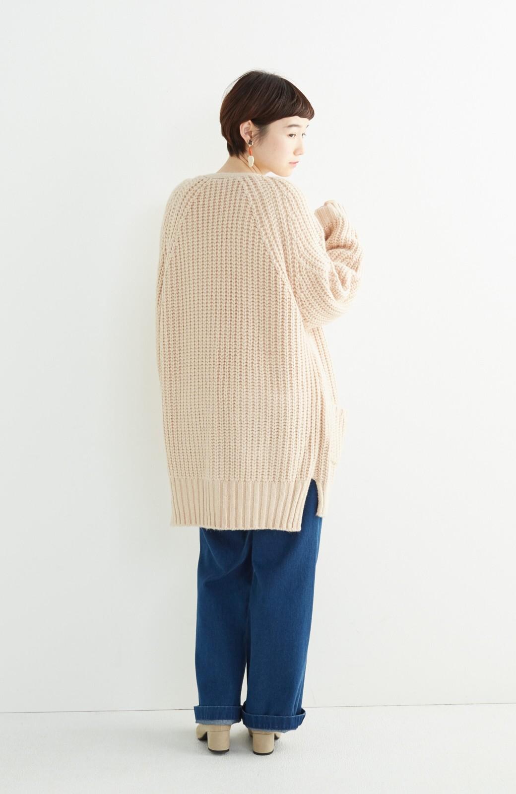 エムトロワ ぱっと羽織るのに便利なざっくり編みカーディガン <ライトベージュ>の商品写真9