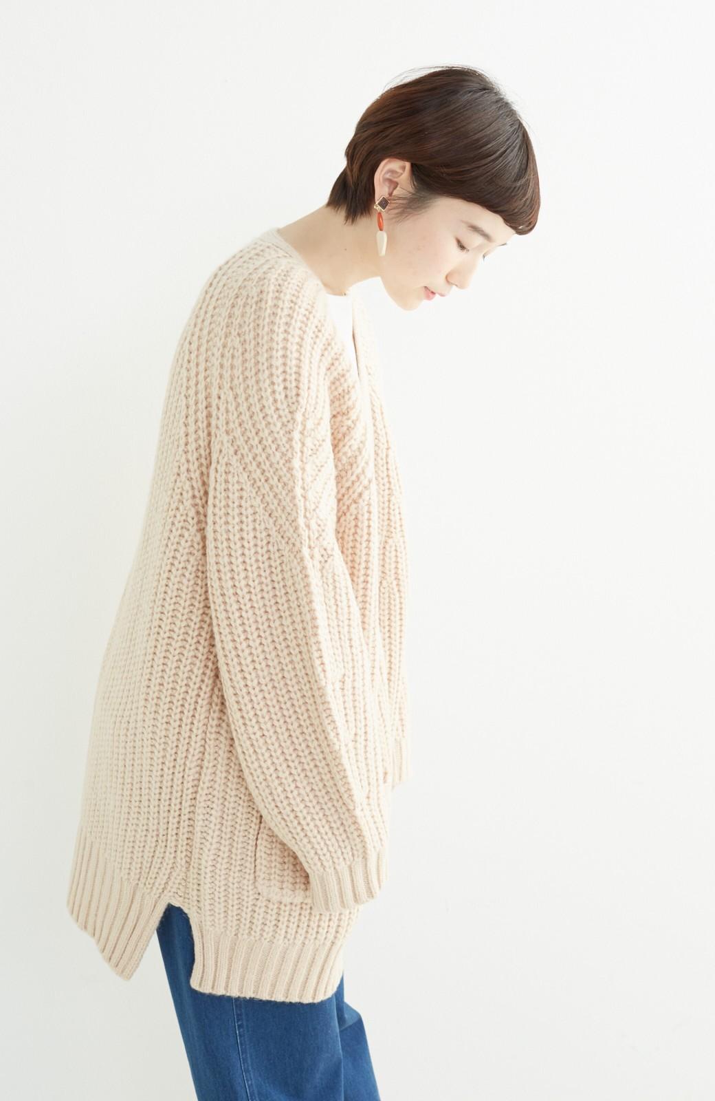 エムトロワ ぱっと羽織るのに便利なざっくり編みカーディガン <ライトベージュ>の商品写真12