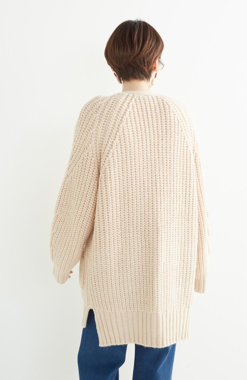 エムトロワ ぱっと羽織るのに便利なざっくり編みカーディガン <ライトベージュ>の商品写真13