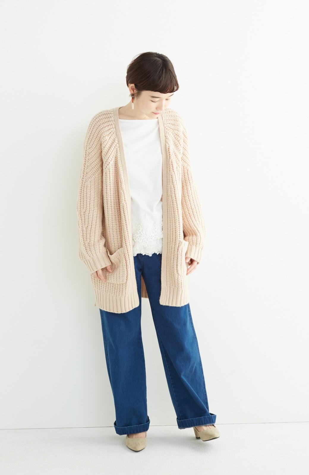 エムトロワ ぱっと羽織るのに便利なざっくり編みカーディガン <ライトベージュ>の商品写真4