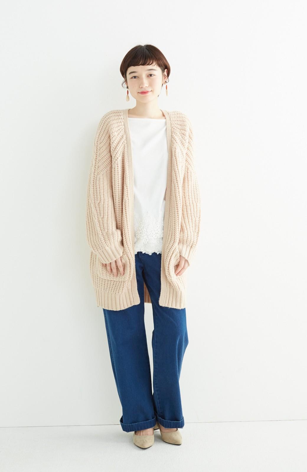 エムトロワ ぱっと羽織るのに便利なざっくり編みカーディガン <ライトベージュ>の商品写真5