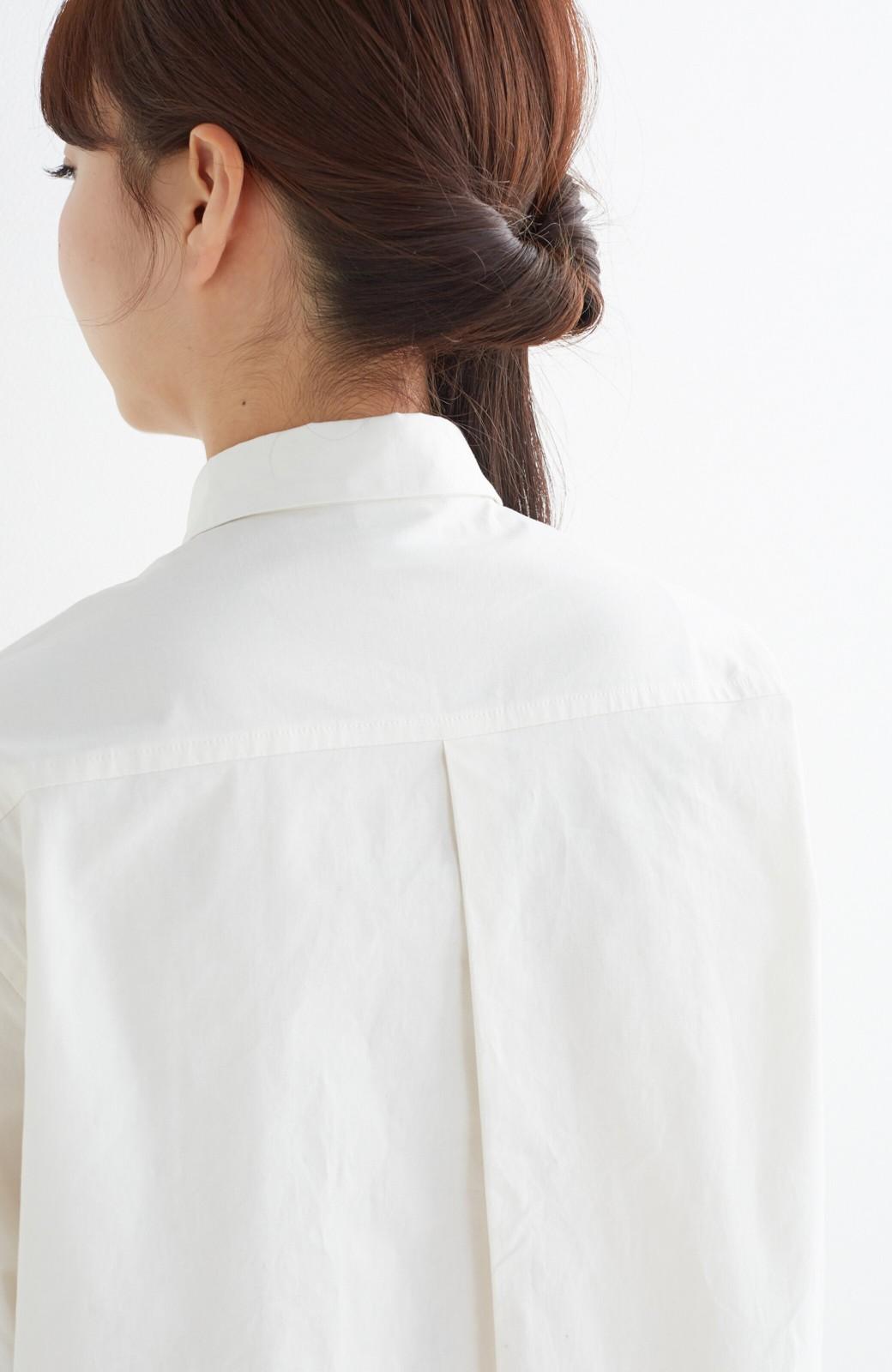 エムトロワ 長い季節使える 重ね着にも便利な丸衿シャツワンピース <ホワイト>の商品写真19