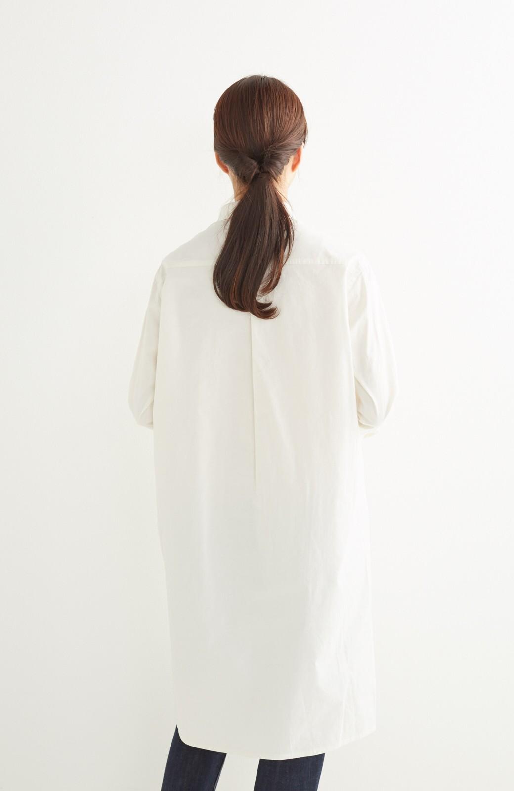 エムトロワ 長い季節使える 重ね着にも便利な丸衿シャツワンピース <ホワイト>の商品写真16