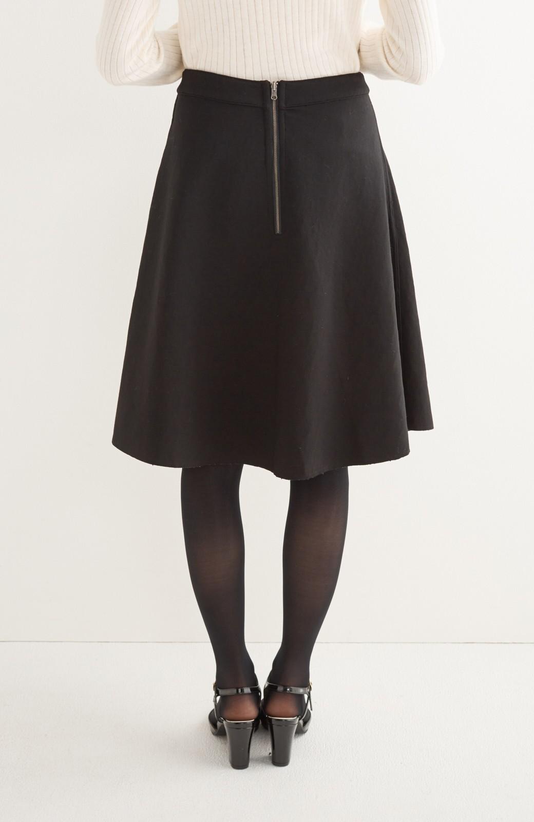 エムトロワ 定番ブラックと華やかレースのリバーシブルフレアースカート <ブラック>の商品写真7