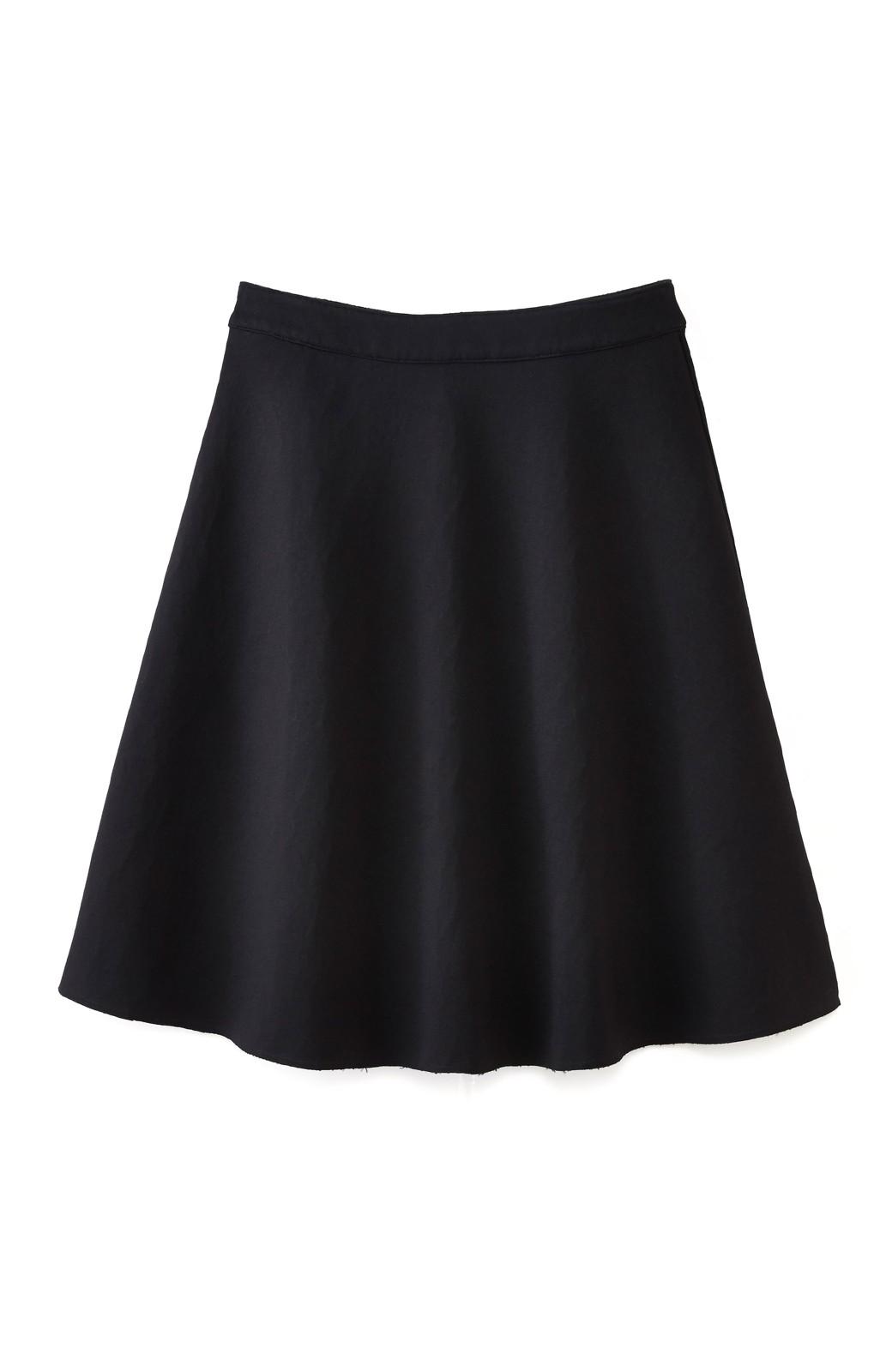 エムトロワ 定番ブラックと華やかレースのリバーシブルフレアースカート <ブラック>の商品写真3