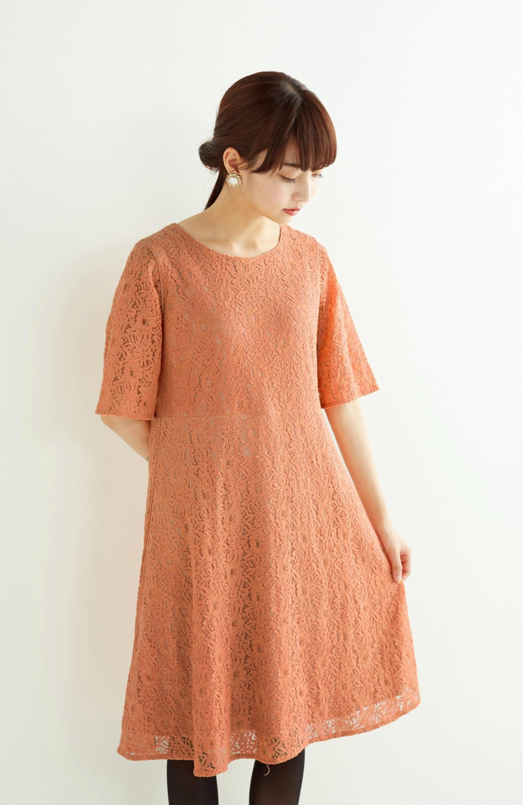 エムトロワ 結婚式にも便利 1枚で着てきれいなレースワンピース <オレンジ>の商品写真8