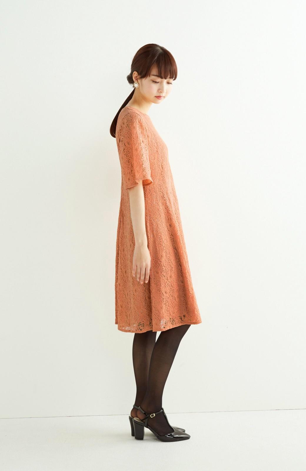 エムトロワ 結婚式にも便利 1枚で着てきれいなレースワンピース <オレンジ>の商品写真6