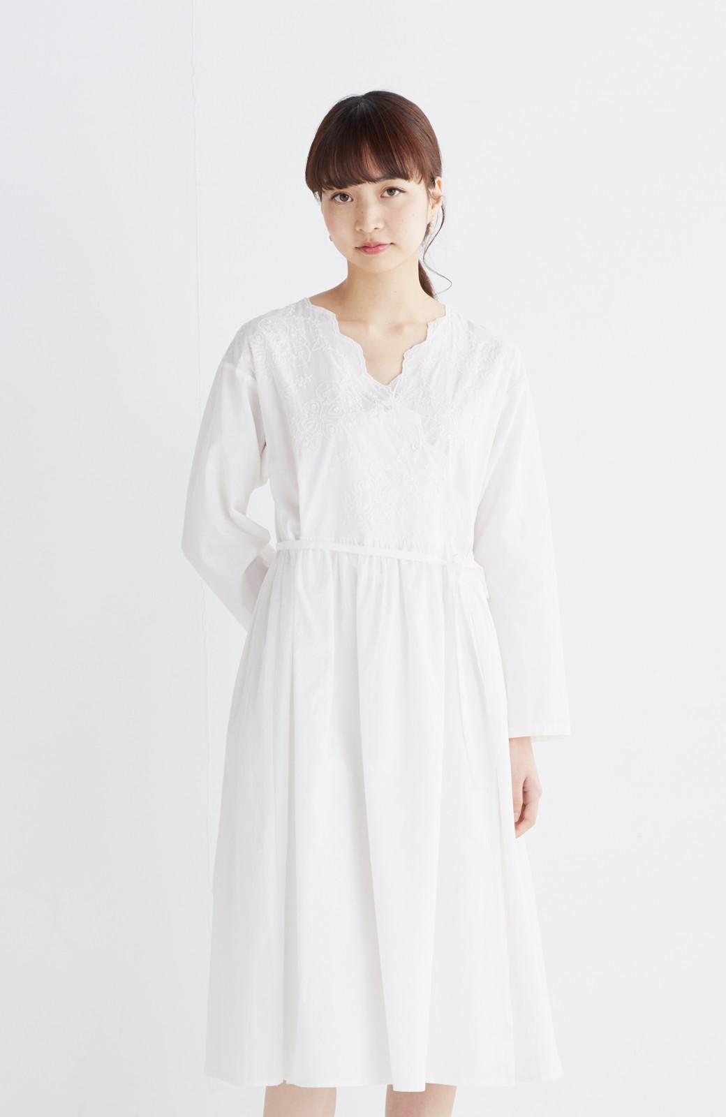 エムトロワ 羽織りにもなるスカラップレースカシュクールワンピース <ホワイト>の商品写真12