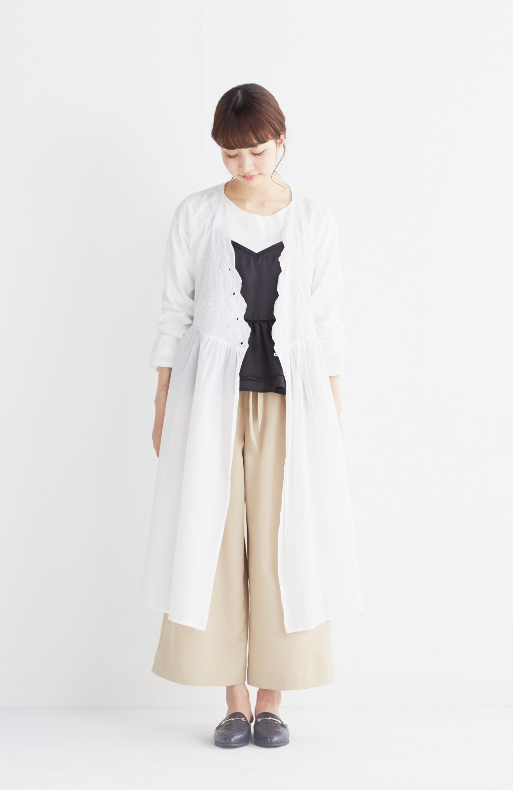 エムトロワ 羽織りにもなるスカラップレースカシュクールワンピース <ホワイト>の商品写真5