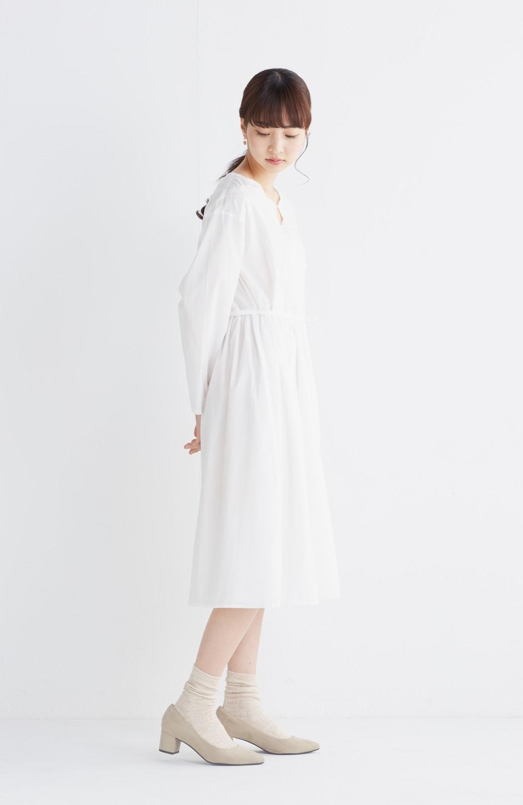 エムトロワ 羽織りにもなるスカラップレースカシュクールワンピース <ホワイト>の商品写真7