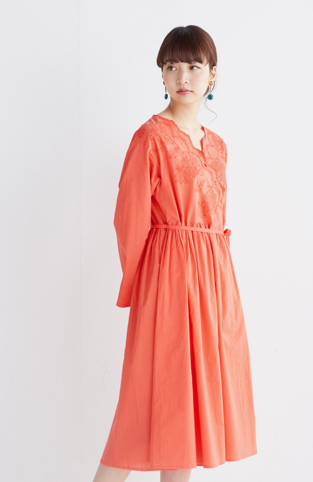 エムトロワ 羽織りにもなるスカラップレースカシュクールワンピース <オレンジ系その他>の商品写真12