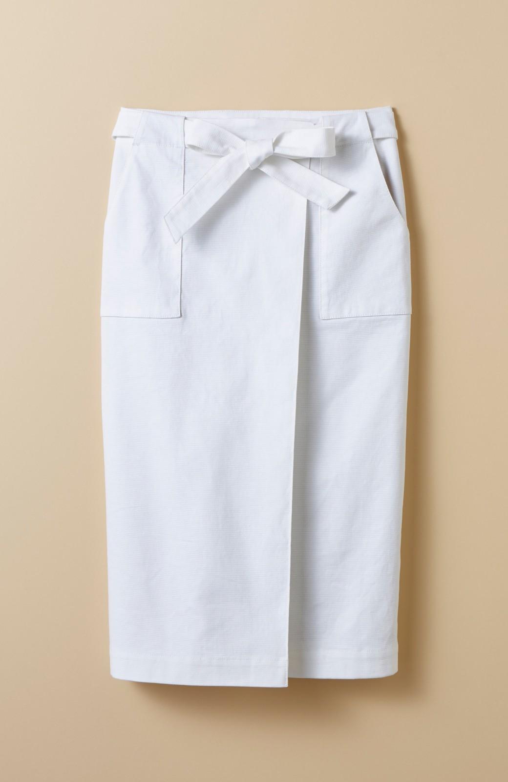 haco! パッと着るだけで女らしくてかっこいい ラップ風スカート by que made me <ホワイト>の商品写真1