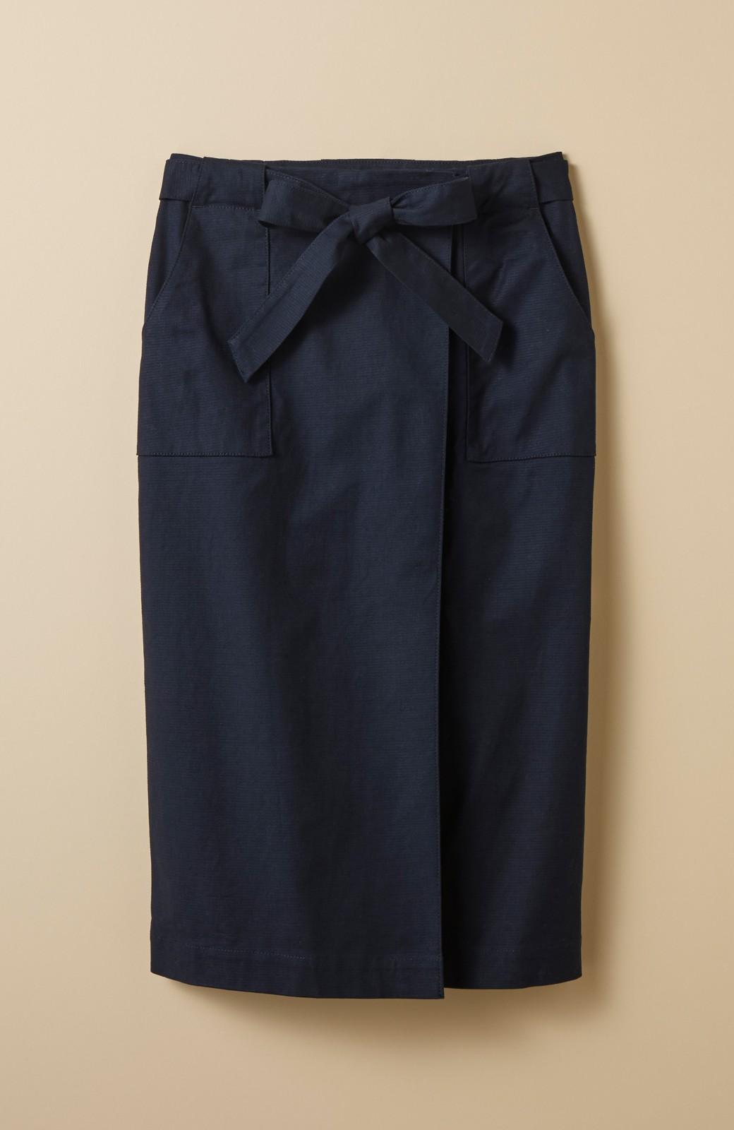 haco! パッと着るだけで女らしくてかっこいい ラップ風スカート by que made me <ネイビー>の商品写真