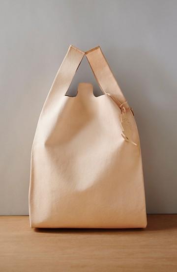 haco! ポルティラ豚革 レジ型風バッグ <ライトベージュ>の商品写真