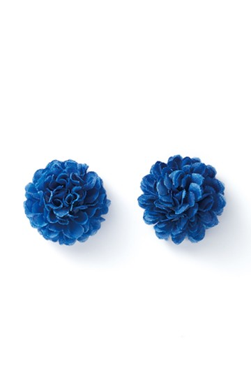 haco! 気分も顔まわりも華やかになる お花のピアス&イヤリング <ブルー>の商品写真