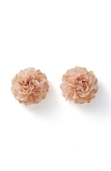 haco! 気分も顔まわりも華やかになる お花のピアス&イヤリング <ピンクベージュ>の商品写真