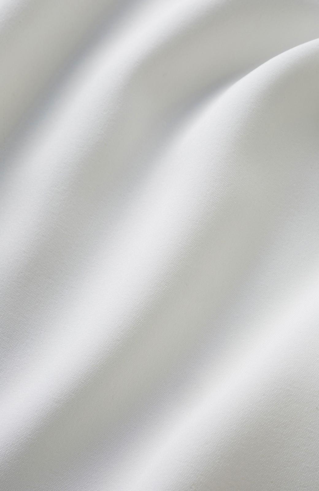 エムトロワ 女らしくてかっこいい スキッパー&抜き衿のとろみシャツ <ホワイト>の商品写真3