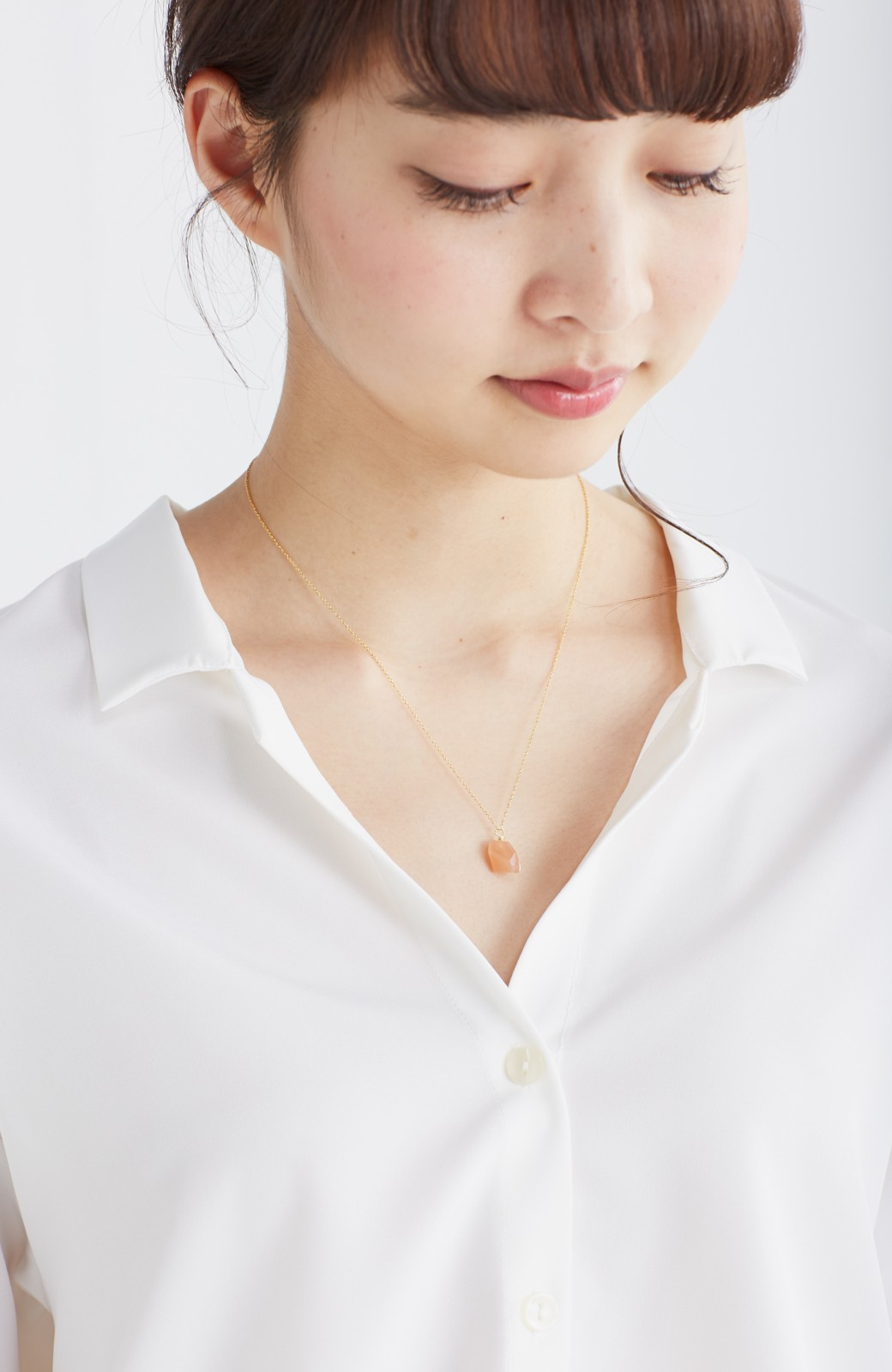 エムトロワ 女らしくてかっこいい スキッパー&抜き衿のとろみシャツ <ホワイト>の商品写真17