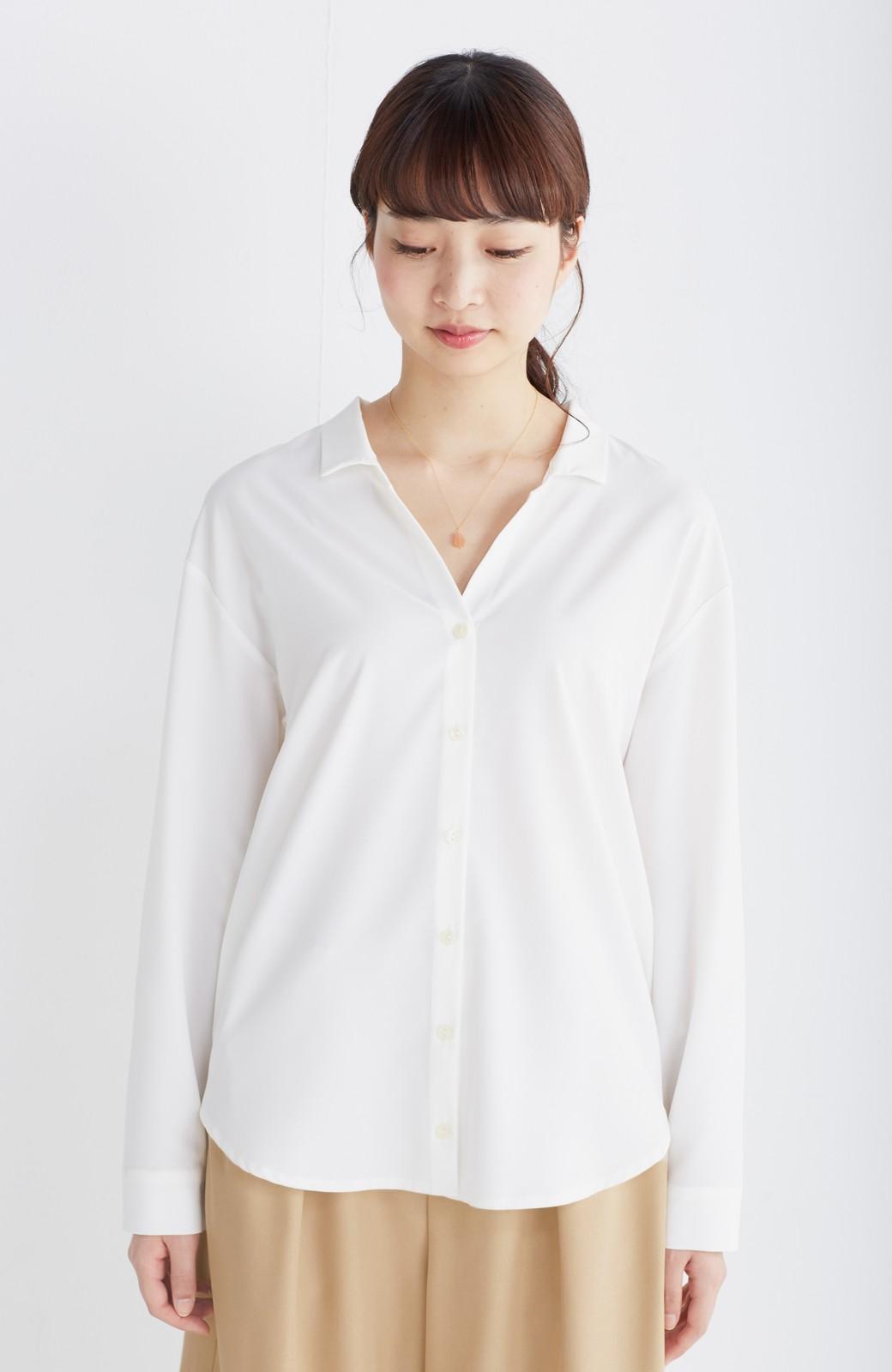 エムトロワ 女らしくてかっこいい スキッパー&抜き衿のとろみシャツ <ホワイト>の商品写真20