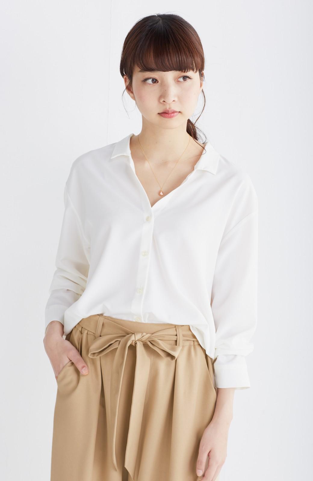 エムトロワ 女らしくてかっこいい スキッパー&抜き衿のとろみシャツ <ホワイト>の商品写真6
