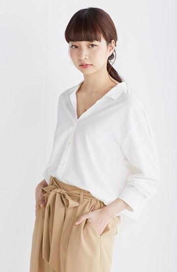エムトロワ 女らしくてかっこいい スキッパー&抜き衿のとろみシャツ <ホワイト>の商品写真