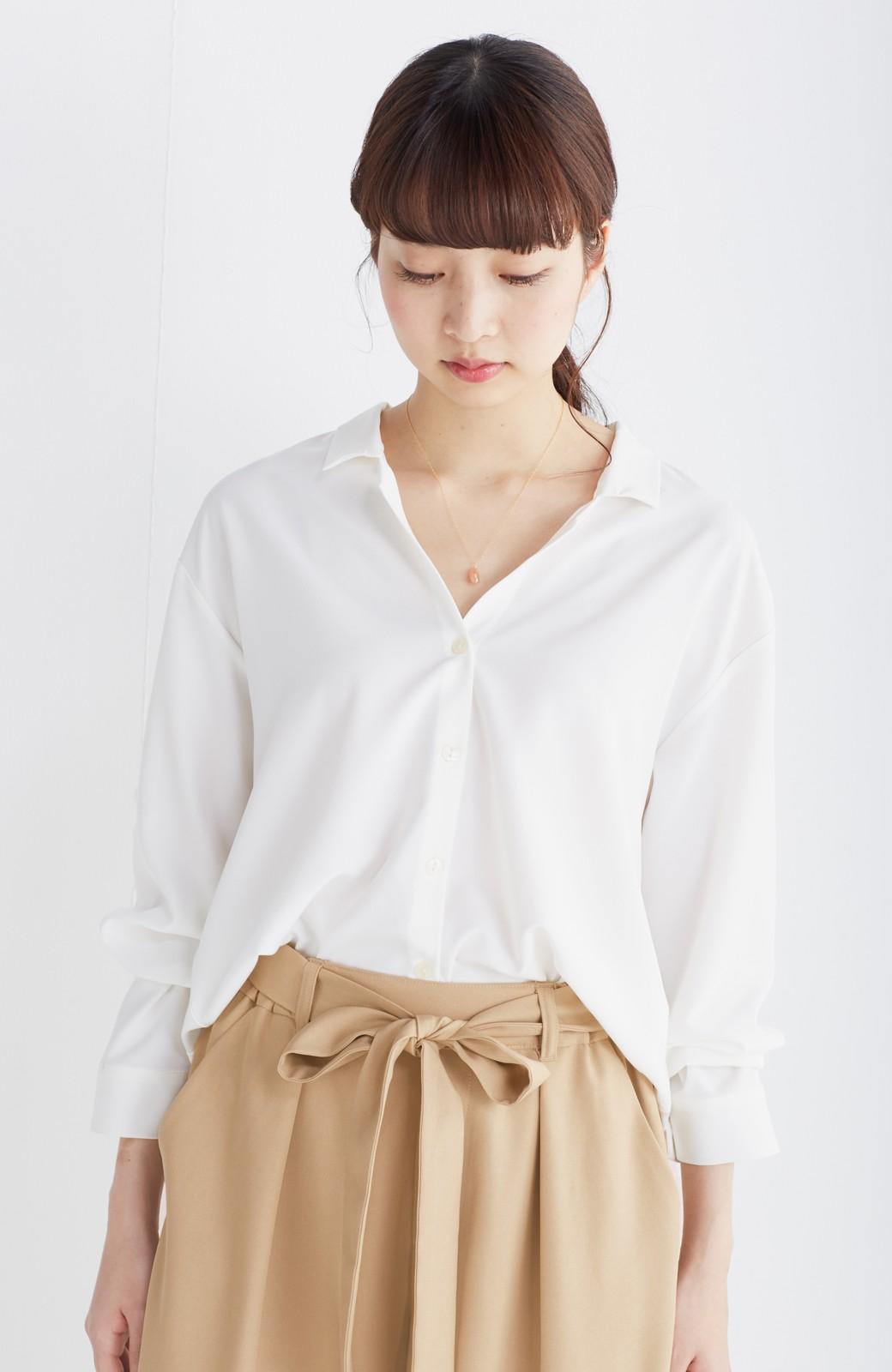 エムトロワ 女らしくてかっこいい スキッパー&抜き衿のとろみシャツ <ホワイト>の商品写真8