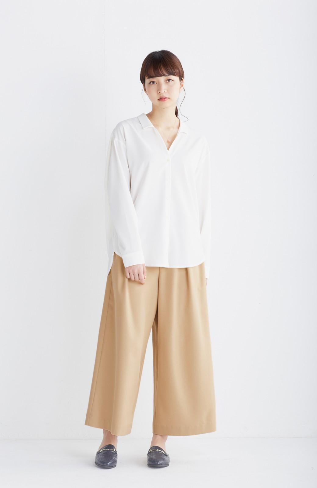 エムトロワ 女らしくてかっこいい スキッパー&抜き衿のとろみシャツ <ホワイト>の商品写真4