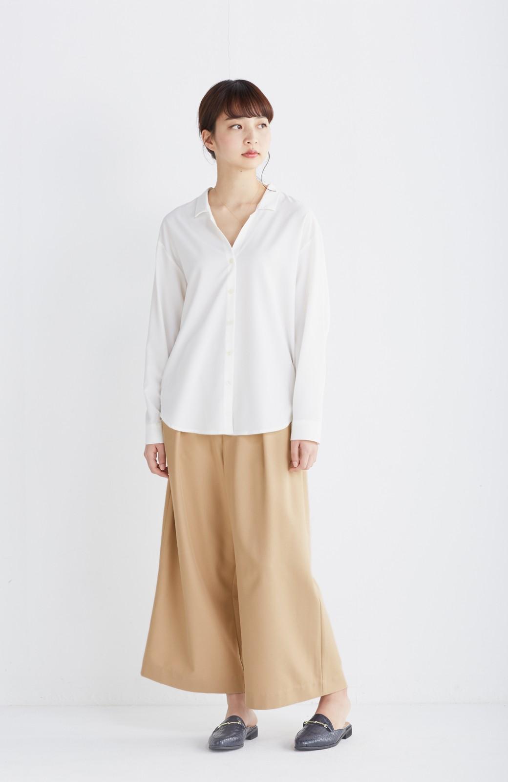 エムトロワ 女らしくてかっこいい スキッパー&抜き衿のとろみシャツ <ホワイト>の商品写真5