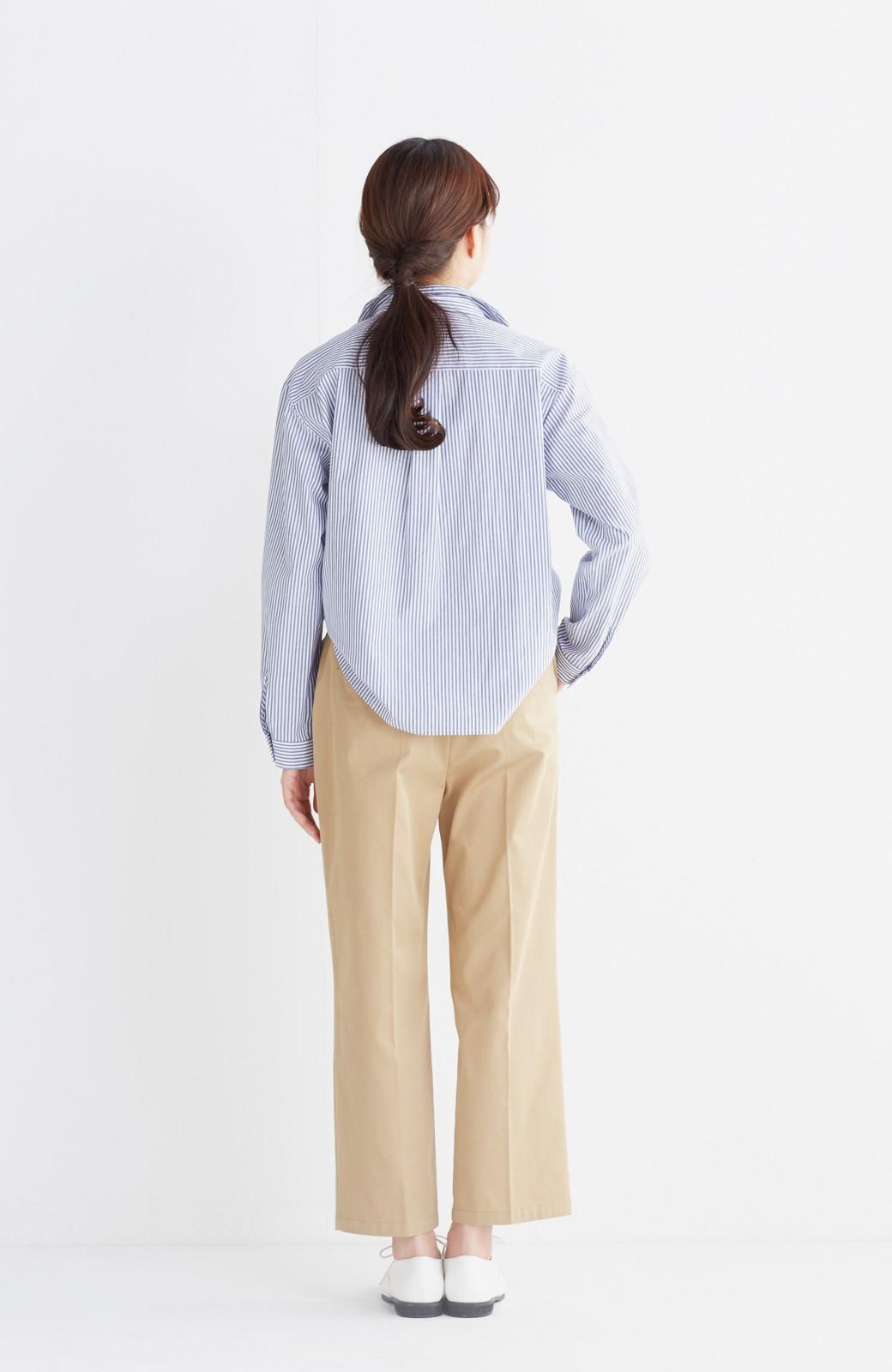 エムトロワ 抜き衿シャツ&ふんわりスカートの総柄セットアップ <ホワイト×ブルー>の商品写真20
