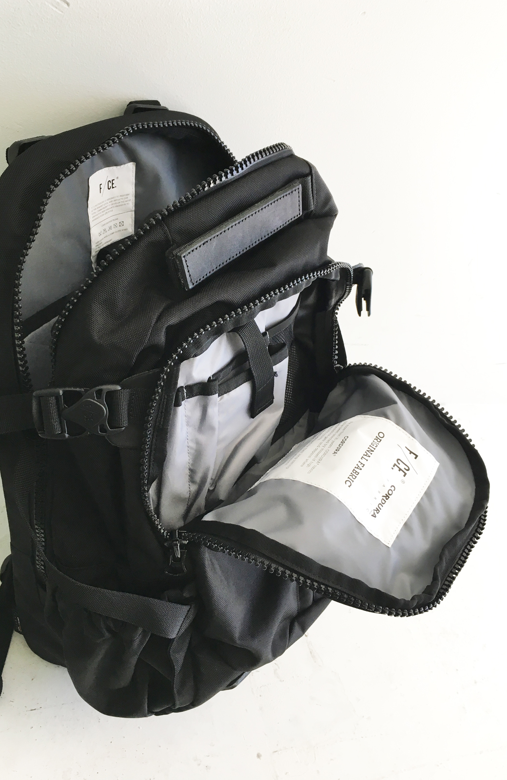 haco! F/CE.950 TRAVEL バックパック <ブラック>の商品写真8