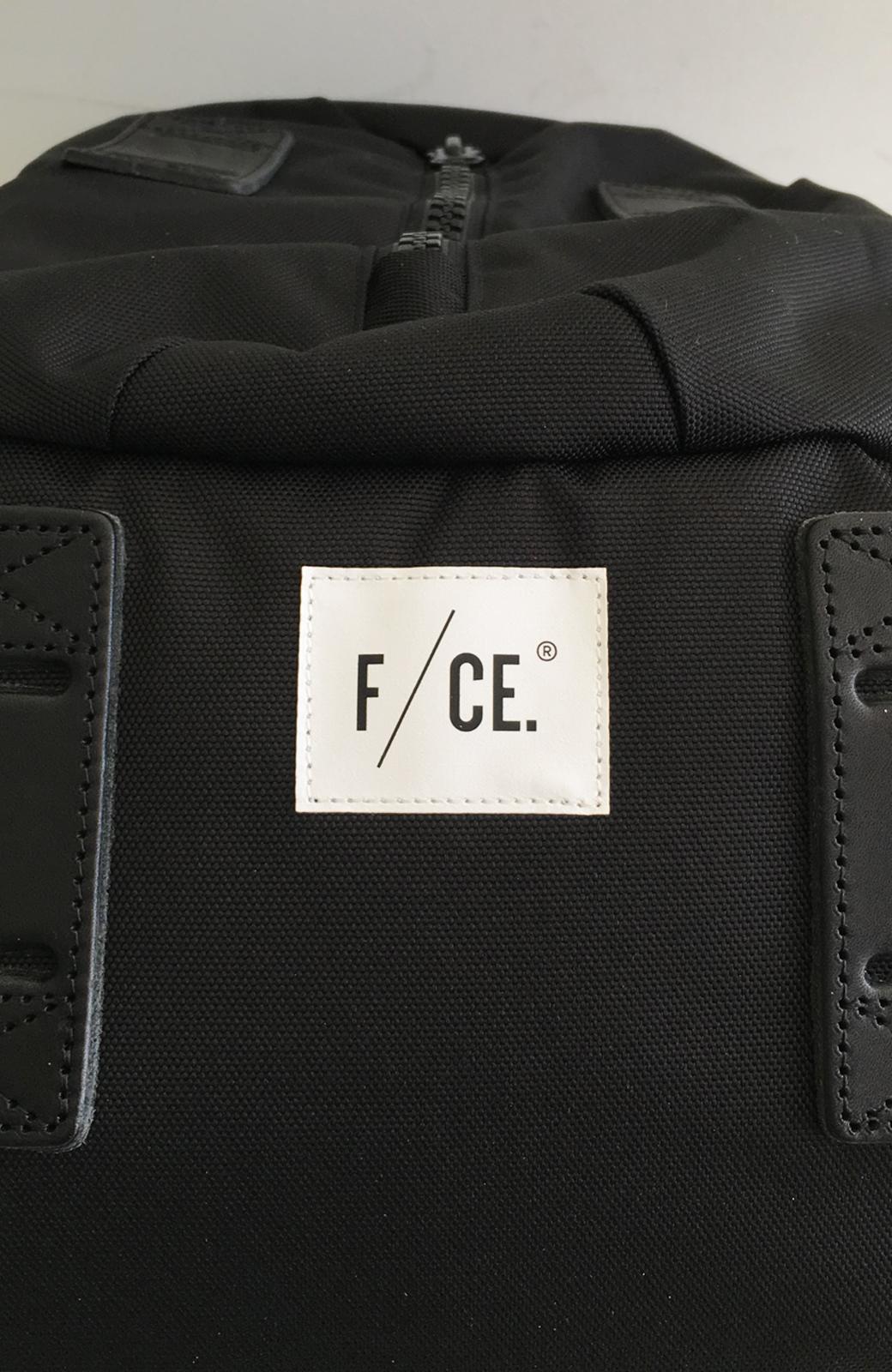 haco! F/CE.950 TRAVEL バックパック <ブラック>の商品写真10