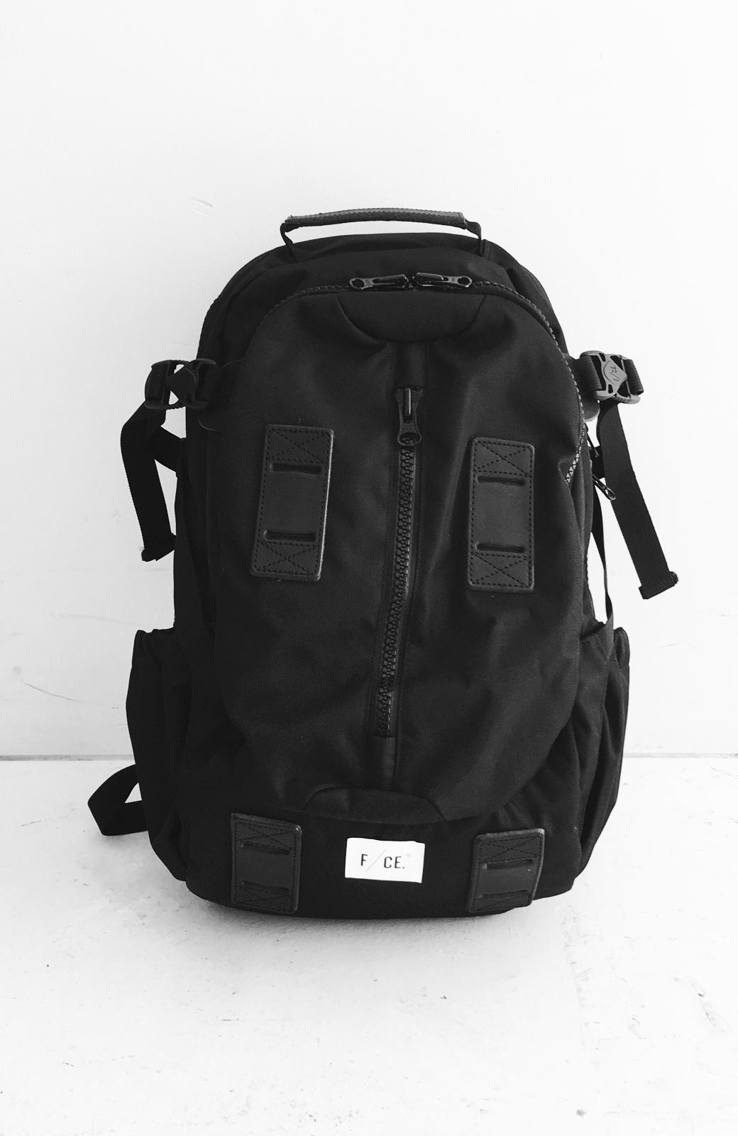 haco! F/CE.950 TRAVEL バックパック <ブラック>の商品写真2
