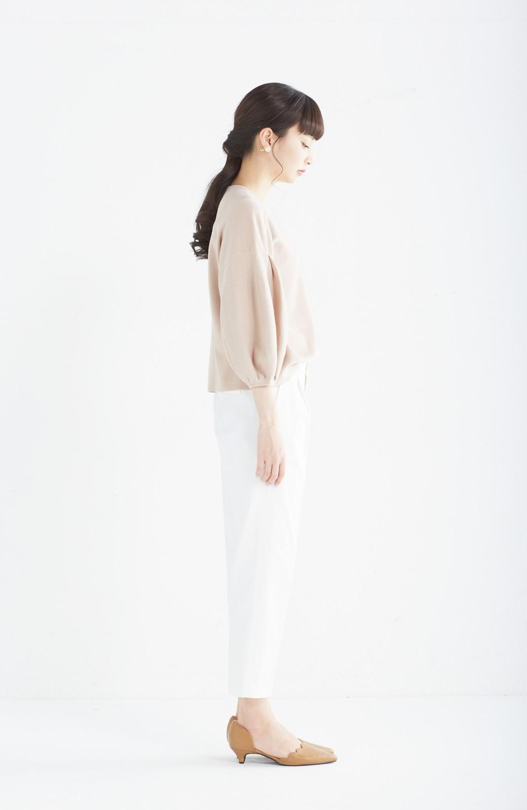 エムトロワ パッと着るだけで上品&今気分 きれいめ総針編みのぷっくり袖ニット <ベージュ>の商品写真8