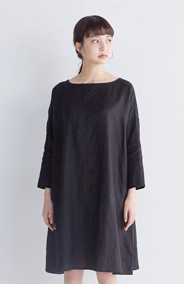 haco! 着るほどになじむ、リネン100%のゆったりワンピース  <ブラック>の商品写真