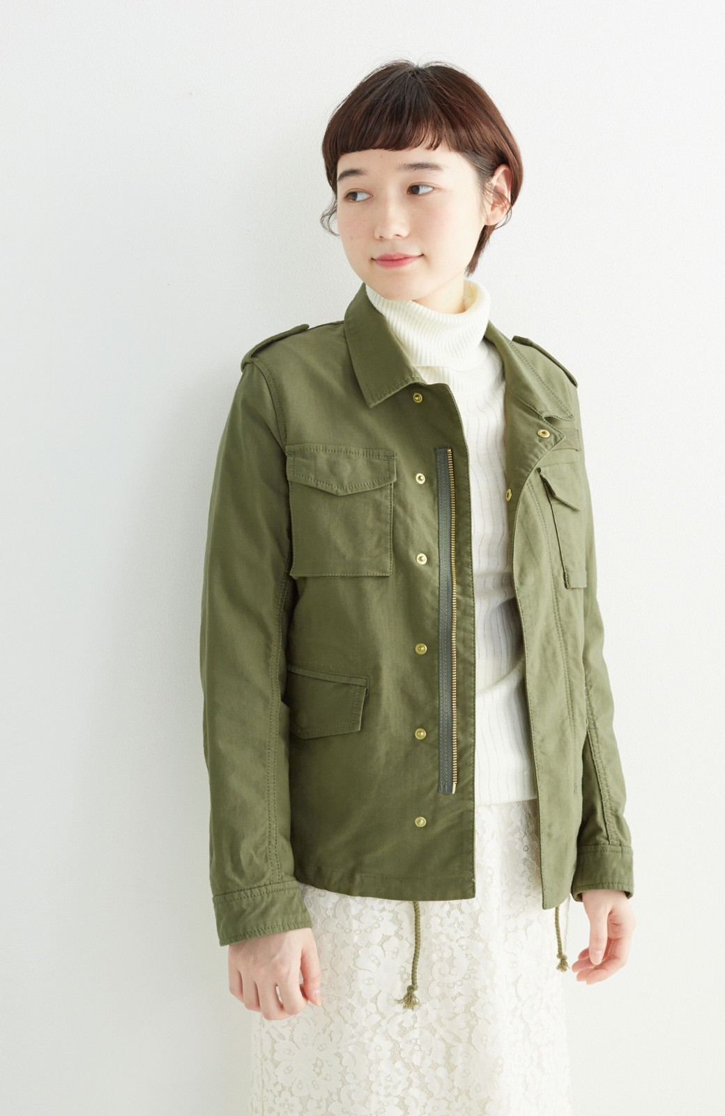 エムトロワ シャツ感覚で気軽に羽織って様になる ミリタリージャケット <カーキ>の商品写真12