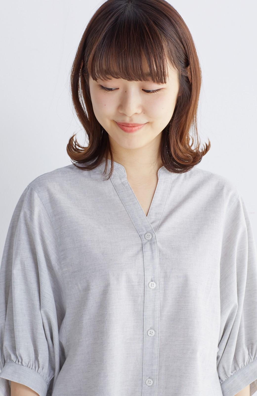 エムトロワ 大人かわいいぷっくり袖シャツ <グレー>の商品写真18