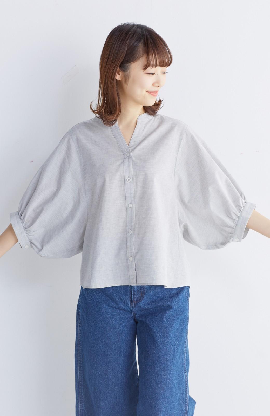 エムトロワ 大人かわいいぷっくり袖シャツ <グレー>の商品写真12