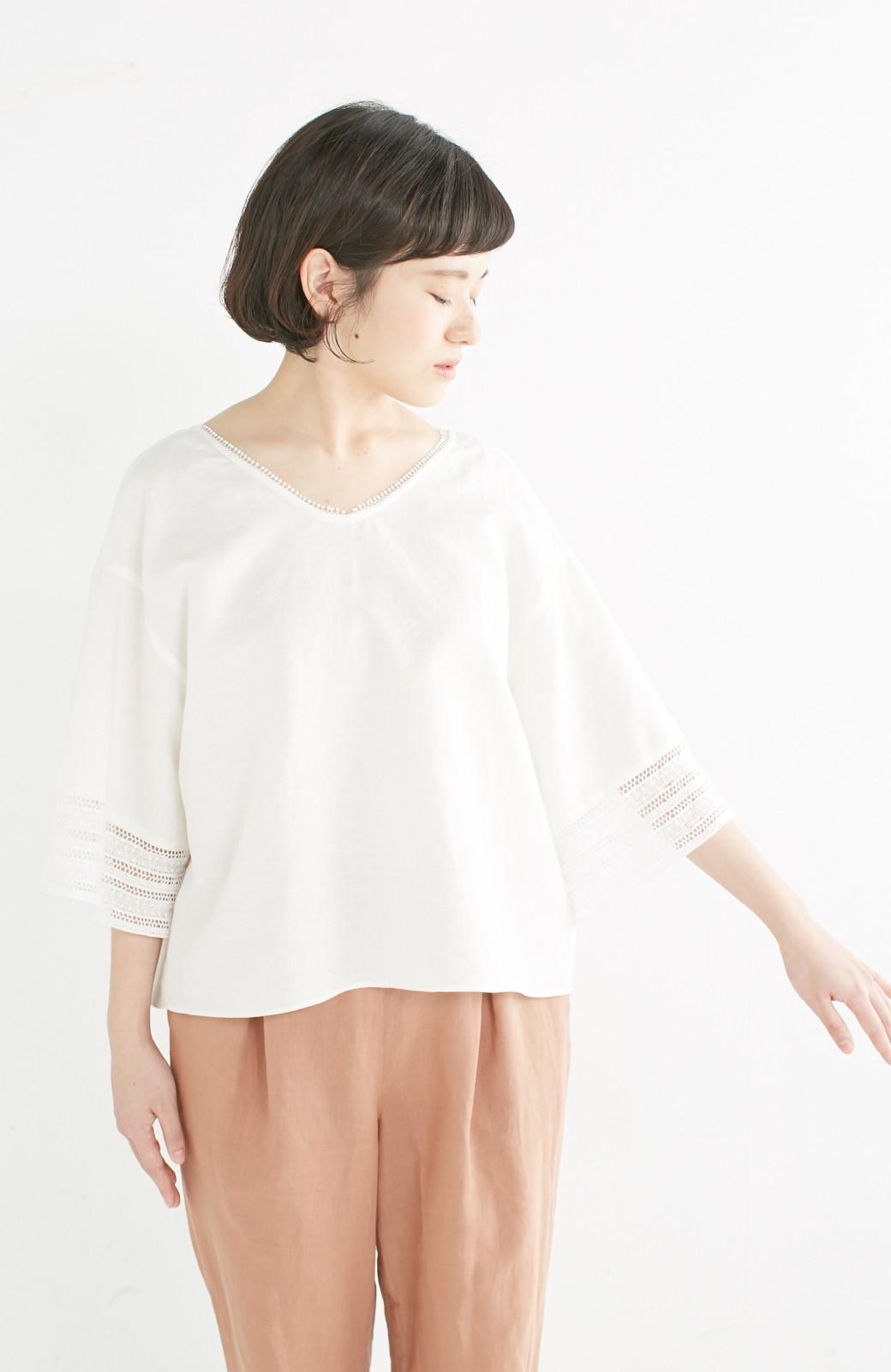 エムトロワ 着るほどになじむ 綿麻素材の袖レーストップス <ホワイト>の商品写真11