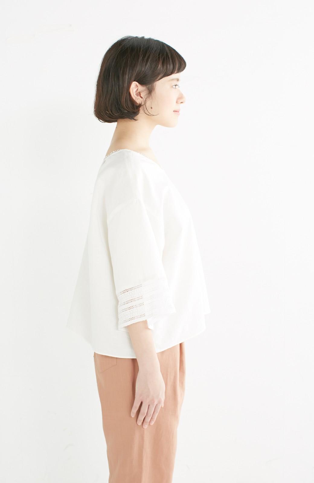 エムトロワ 着るほどになじむ 綿麻素材の袖レーストップス <ホワイト>の商品写真12