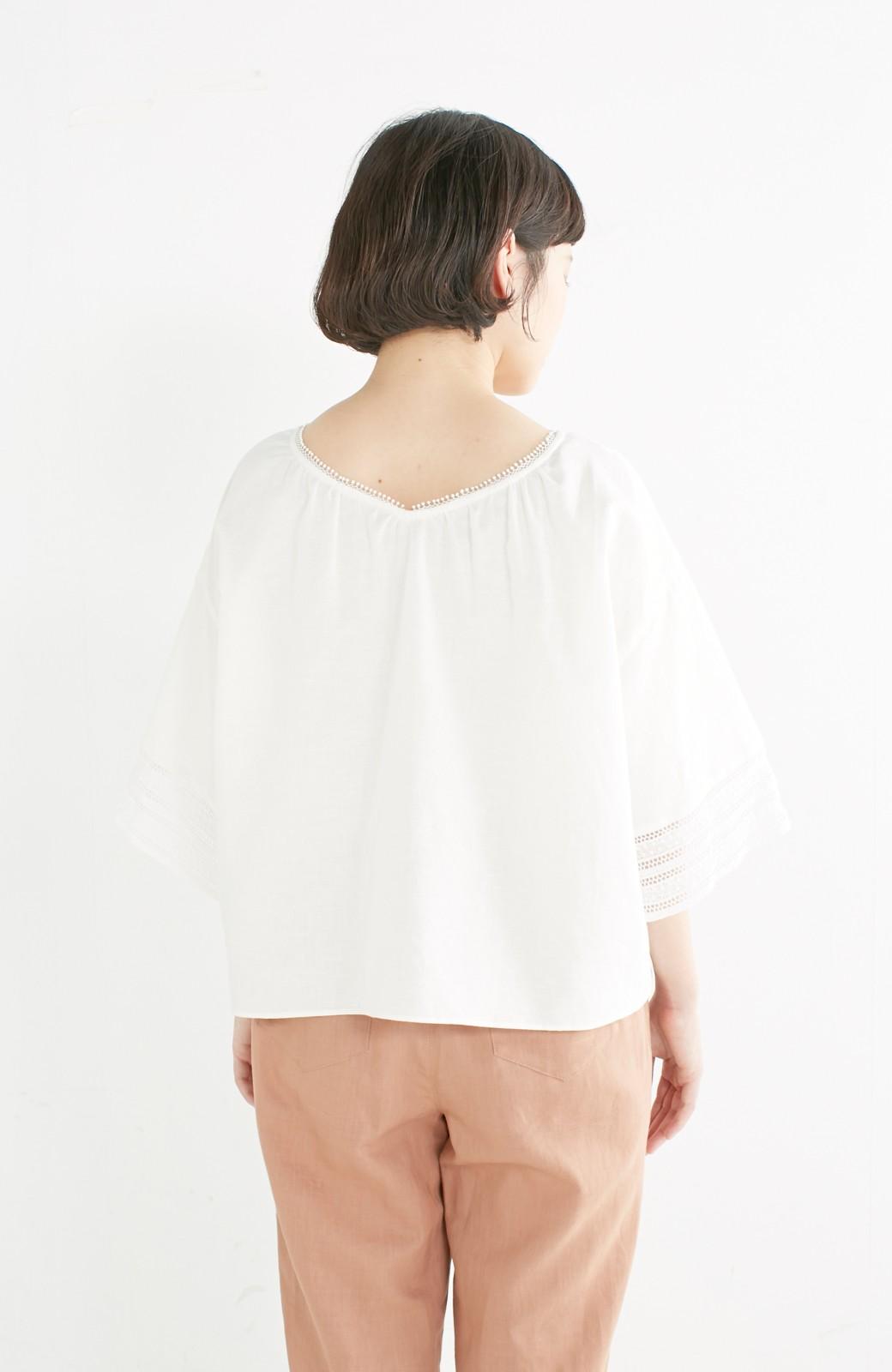 エムトロワ 着るほどになじむ 綿麻素材の袖レーストップス <ホワイト>の商品写真13