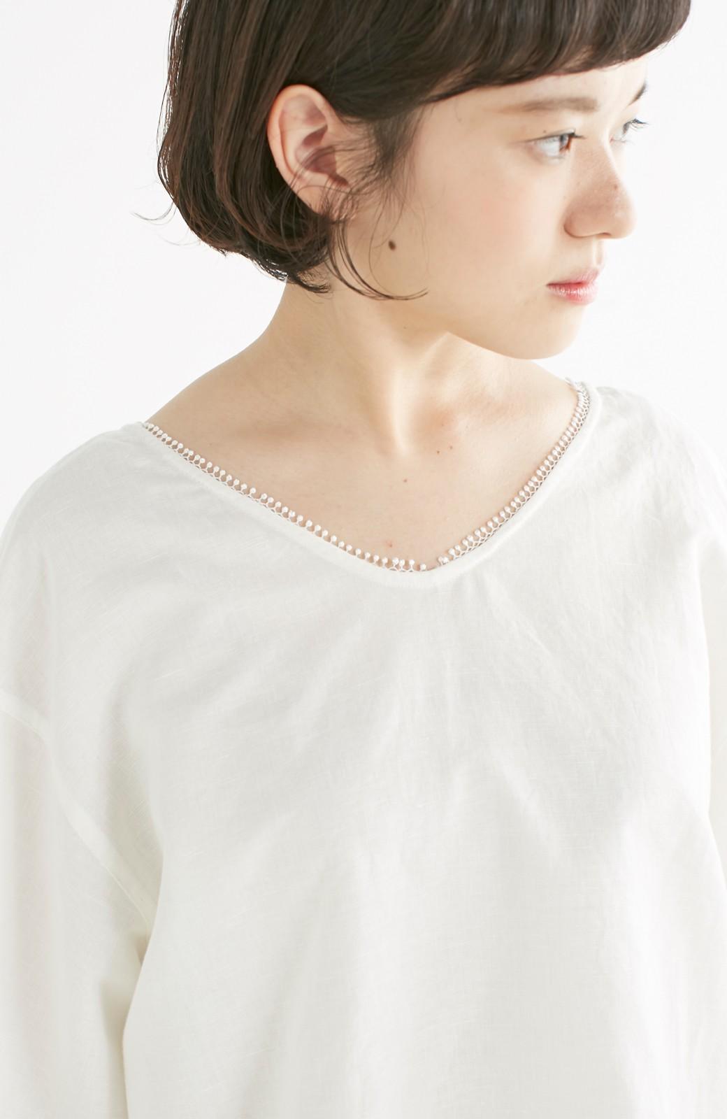 エムトロワ 着るほどになじむ 綿麻素材の袖レーストップス <ホワイト>の商品写真14