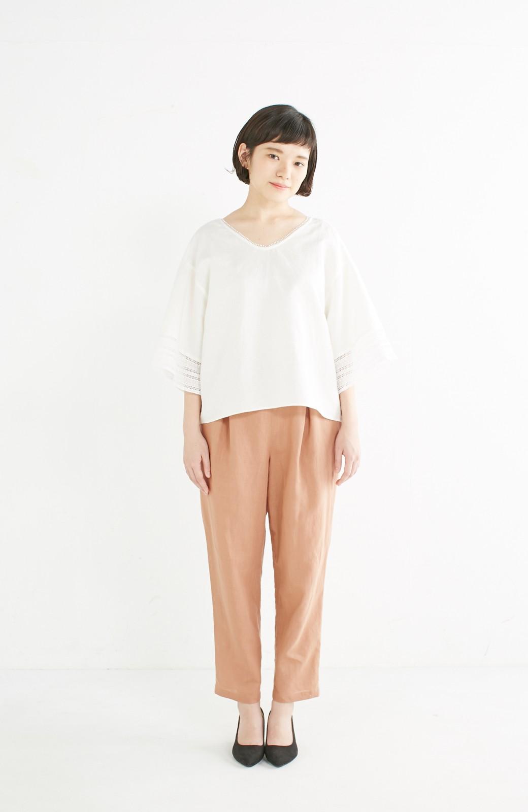 エムトロワ 着るほどになじむ 綿麻素材の袖レーストップス <ホワイト>の商品写真4