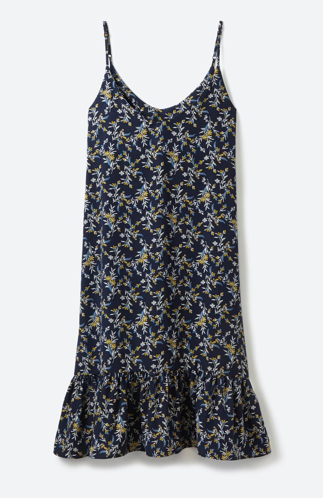 エムトロワ 裾ギャザーフリルのフラワーキャミワンピース <ネイビー>の商品写真2