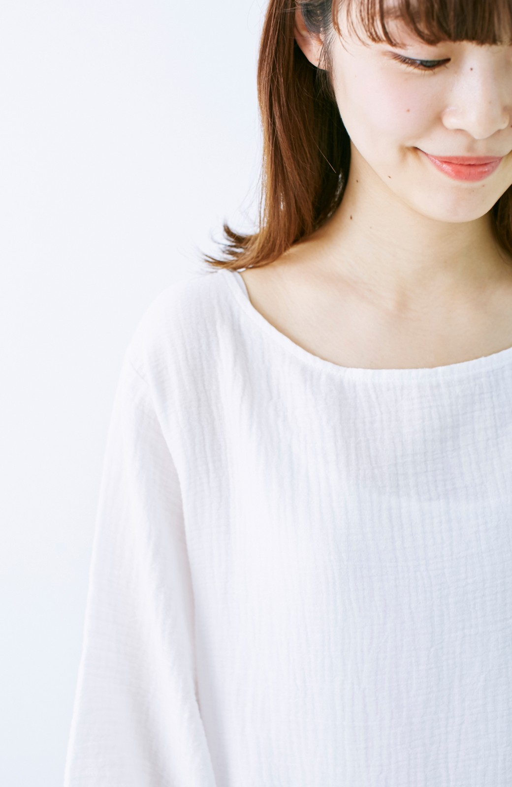 nusy すぽっと着られて着心地さわやか ぽんわり袖ガーゼワンピース <ホワイト>の商品写真3